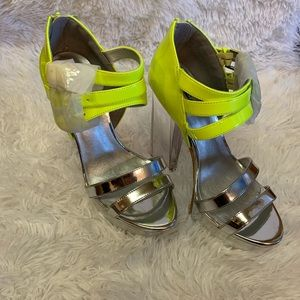Quips silver and neon yellow platforms